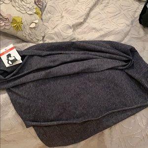 Brand new lulu grey reversible scarf vinyasa